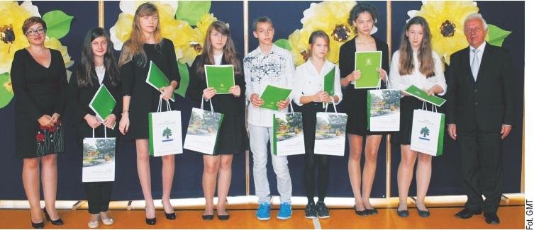 "Laureaci konkursu ""Młody MistrzNauki 2014"""